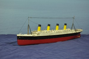 RMS Titanic (1:570)