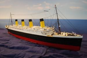 RMS Titanic (1:200)