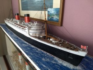 RMS Queen Elizabeth (1:200)
